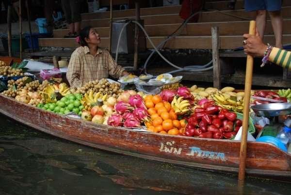 land of smiles thailand fruits