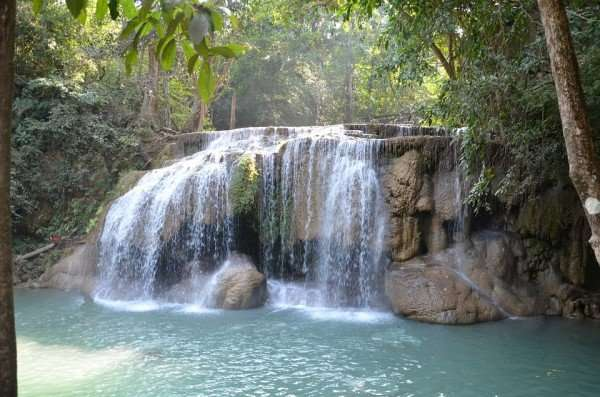 land of smiles thailand