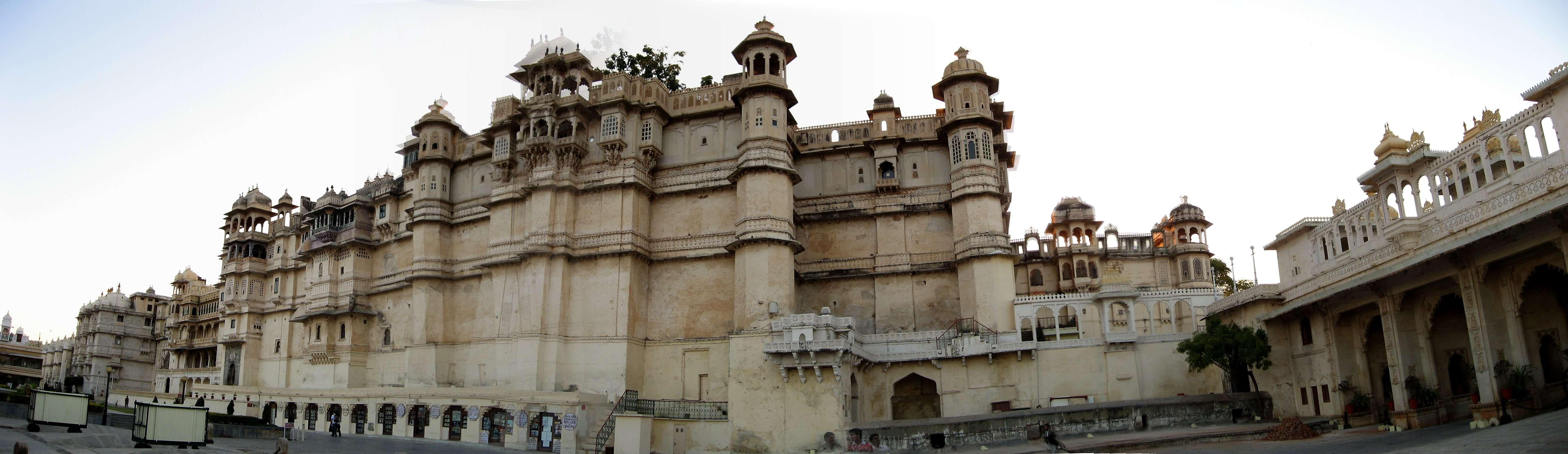 City palace Udaipur Udaipur #HaldighatiRun Vidya Sury