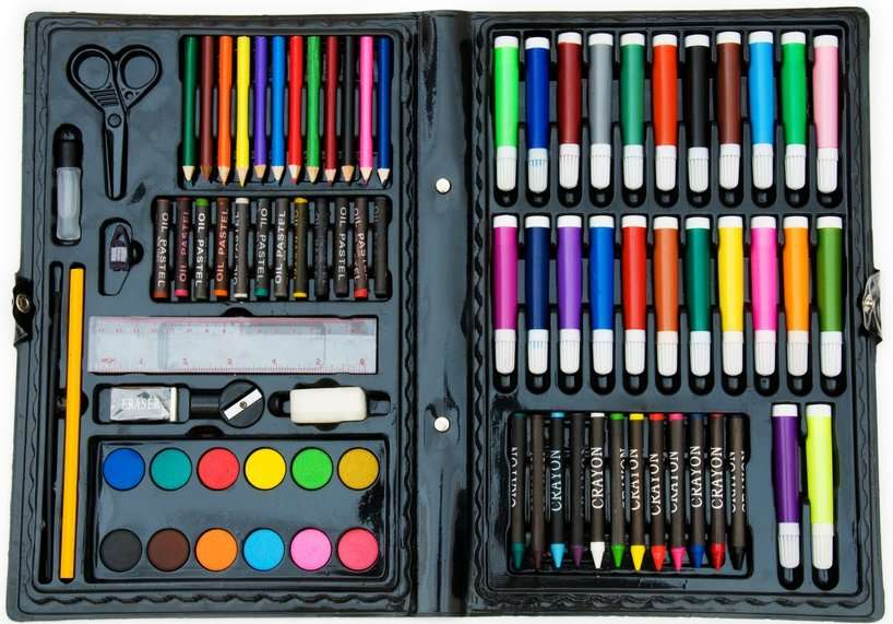 Best gifts for 8-year-old boys - Art kit